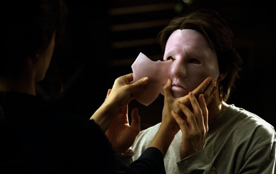 маска для скрытия увечий